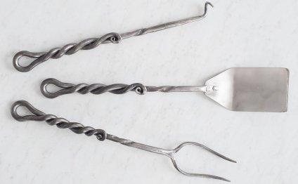 Кованые инструменты барбекю